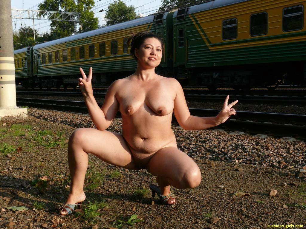 Русские в поезде порно 10 фотография