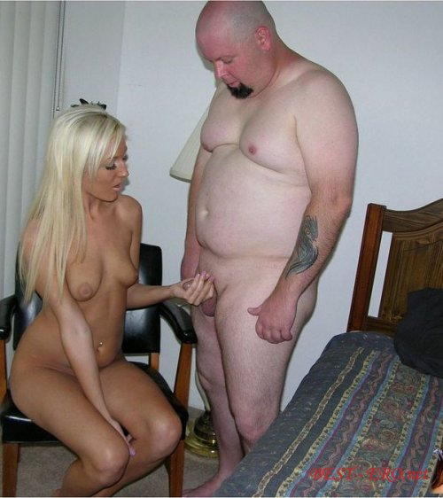 толстая женщина трахаеться с парнем с маленьким членом