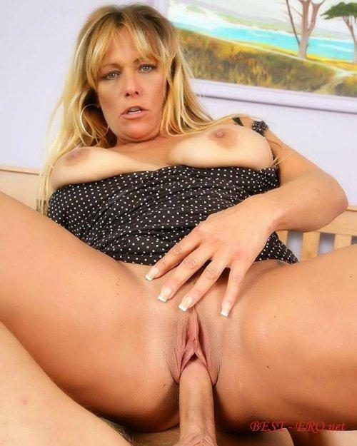 Тётка во время секса канчает 19 фотография