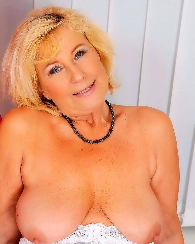 Секс со старыми толстыми блядями 12 фотография