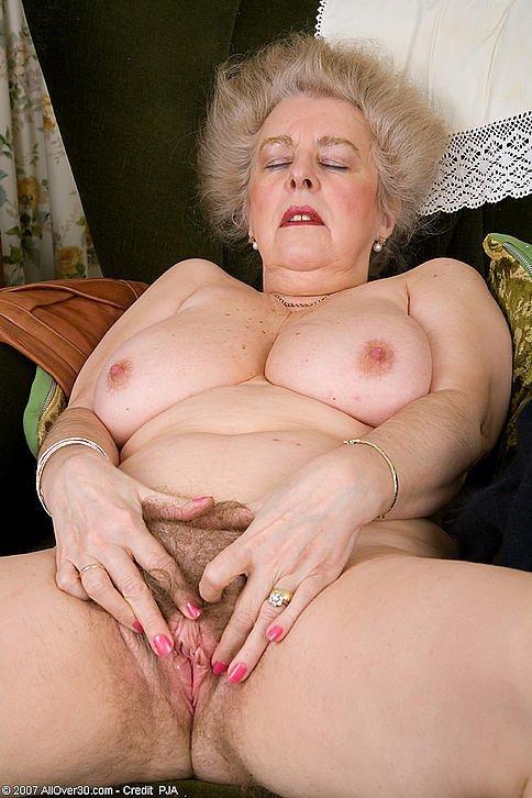 порно фото толстых волосатых бабушек