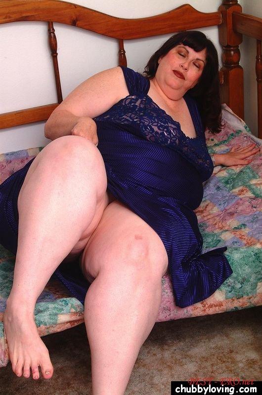 порно со толстой старушкой