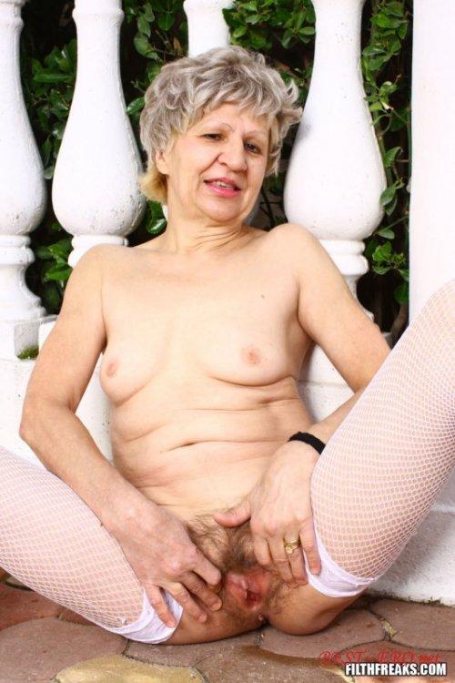 Смотреть порно онлайн проститутка в чулках на дом фото 203-973