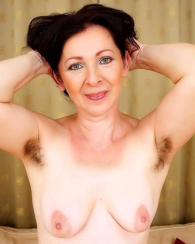 Порно волосатые подмышки старух фото 29106 фотография