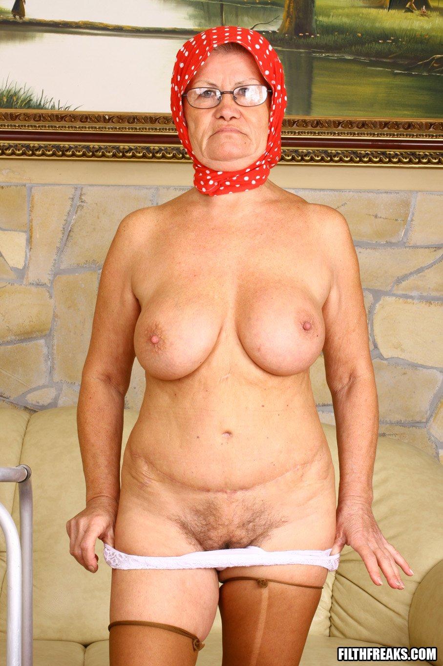 Фото домашнее старушки порно 8 фотография