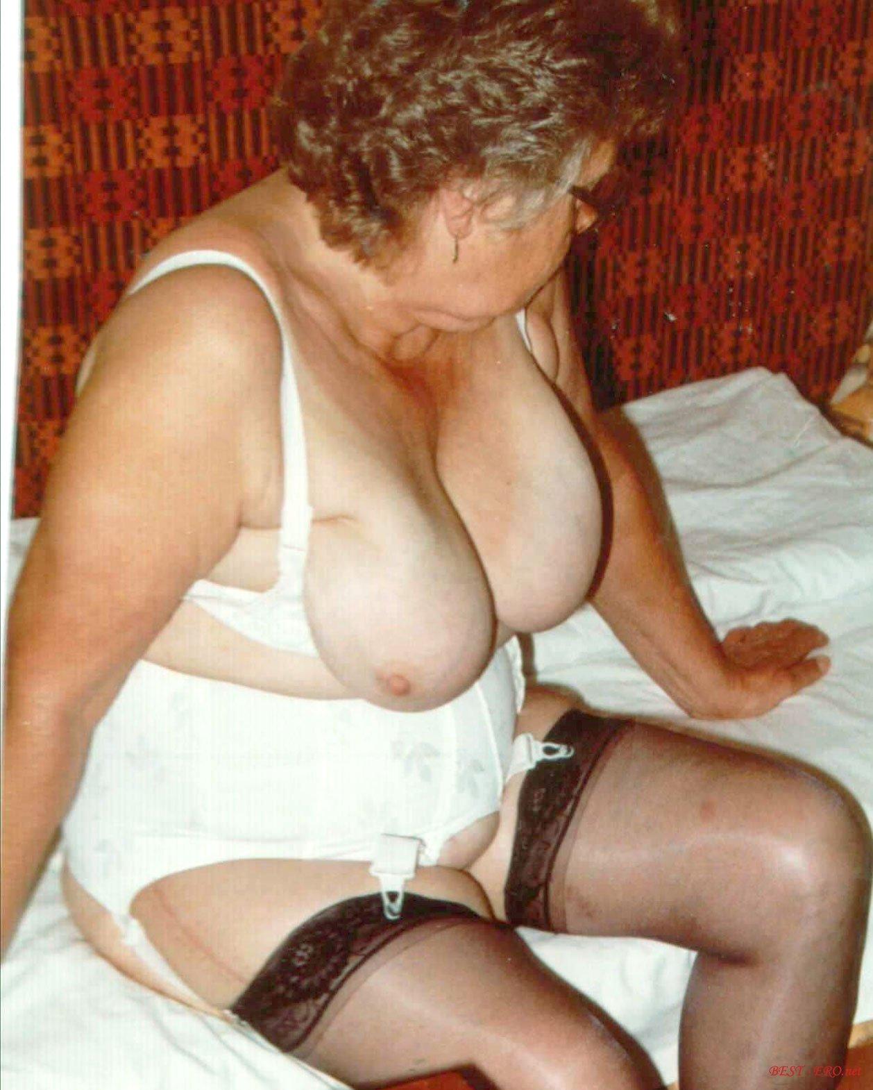 Эротические фото пожилой развратник 23 фотография