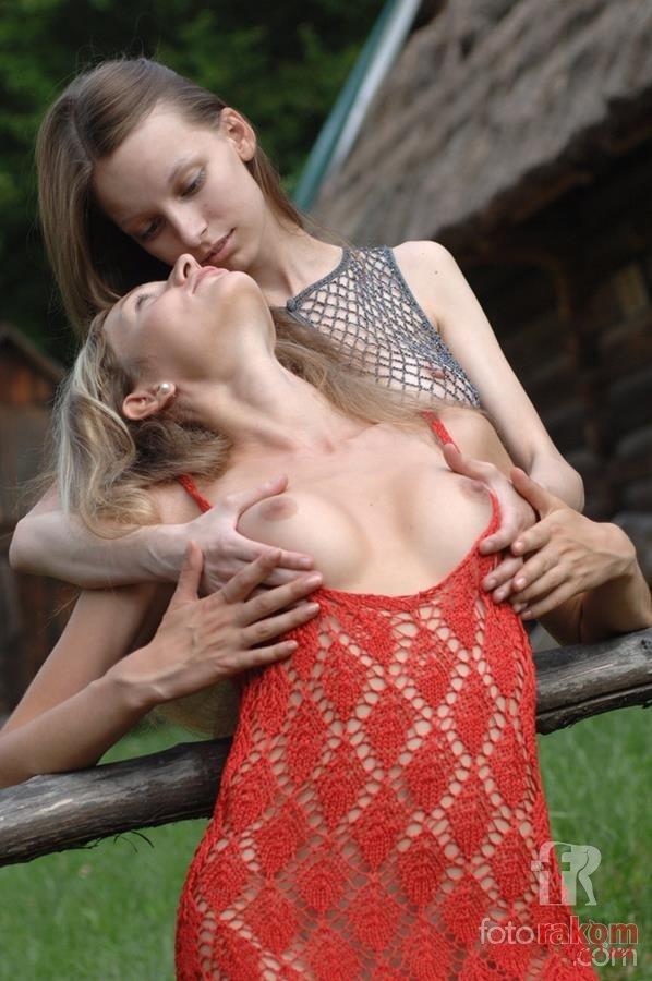Русские девушки порно в деревне 4 фотография