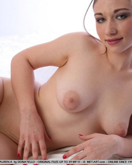 Фото голые полненькие женщины 1 фотография