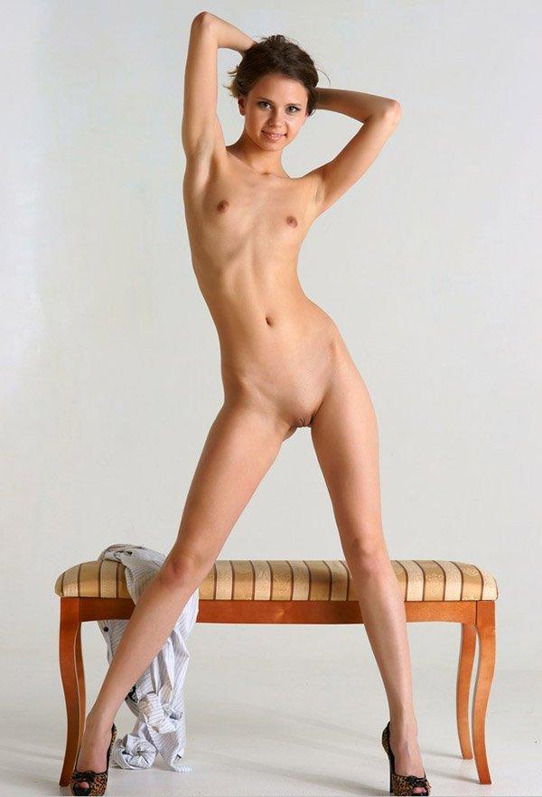 архив фото голых худых девушек