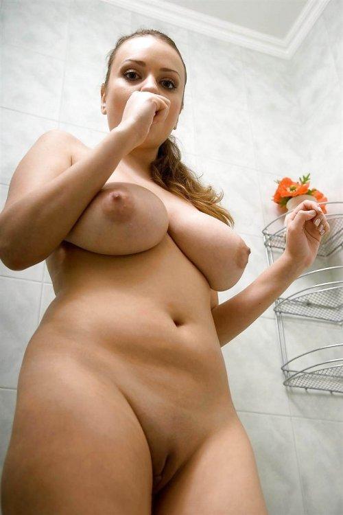 Порно фото жопастых молодых девушек