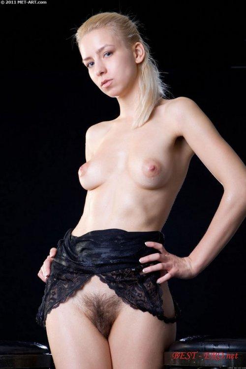 Смотреть порно волосати пизди блондінок 19 фотография