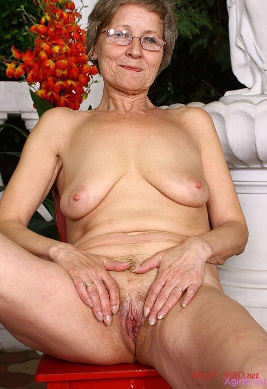 Взрослые женщины с обвисшими сиськами фото 353-843
