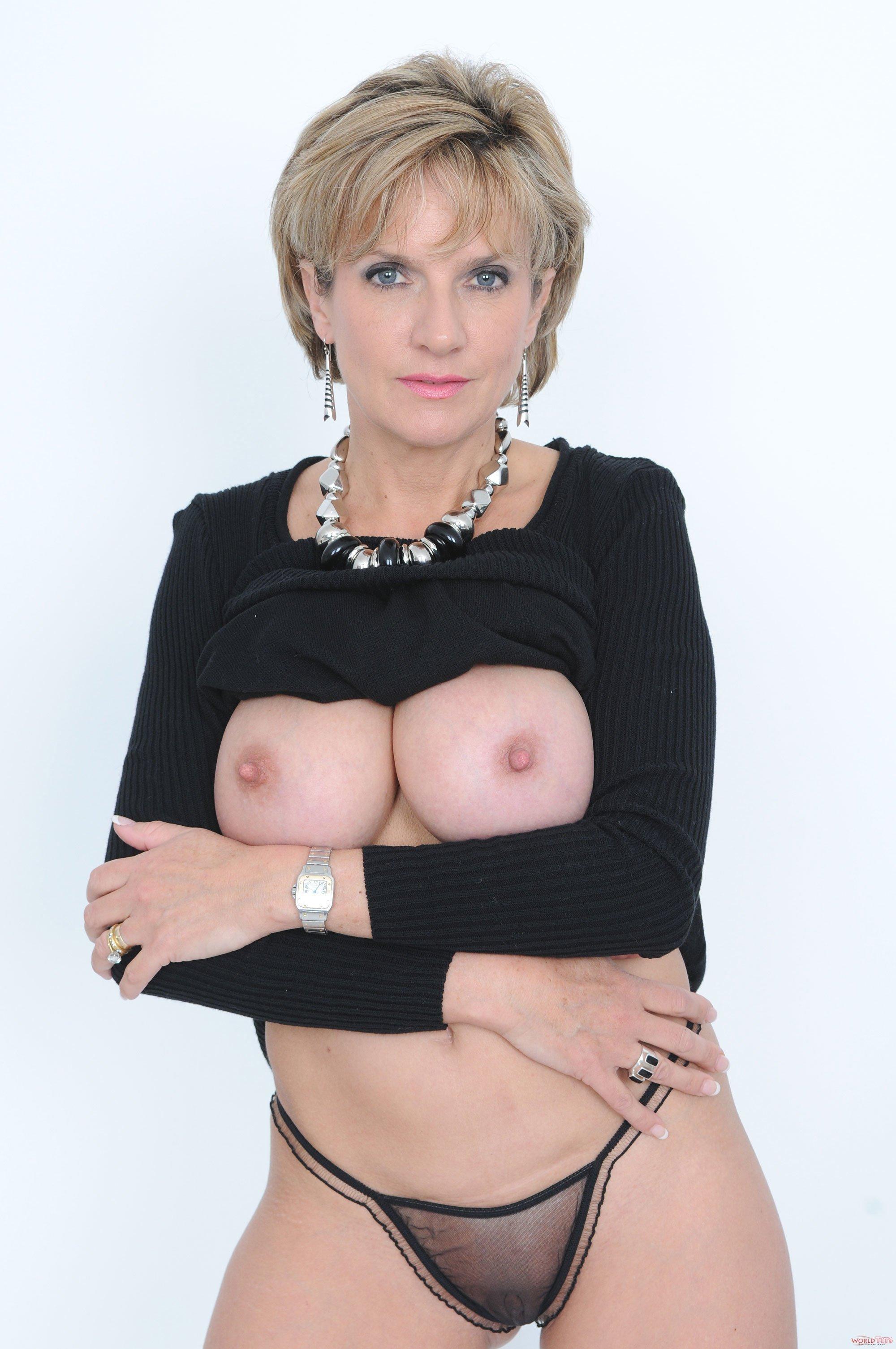Тетки бальзаковского возраста в порно 14 фотография