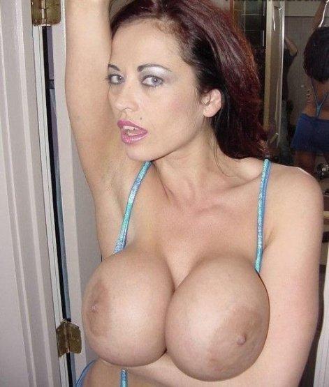 Огромные сиськи домашнии порно фото