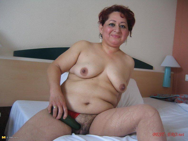 бабушки голышком онлайн