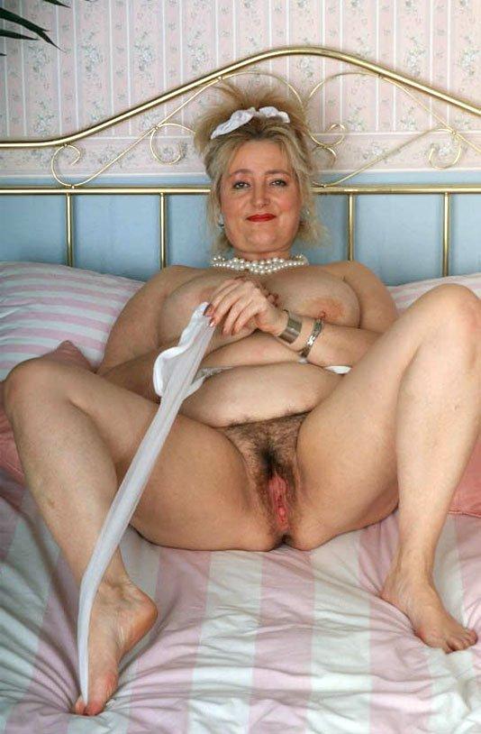 Фото голая пизда старушек 14 фотография