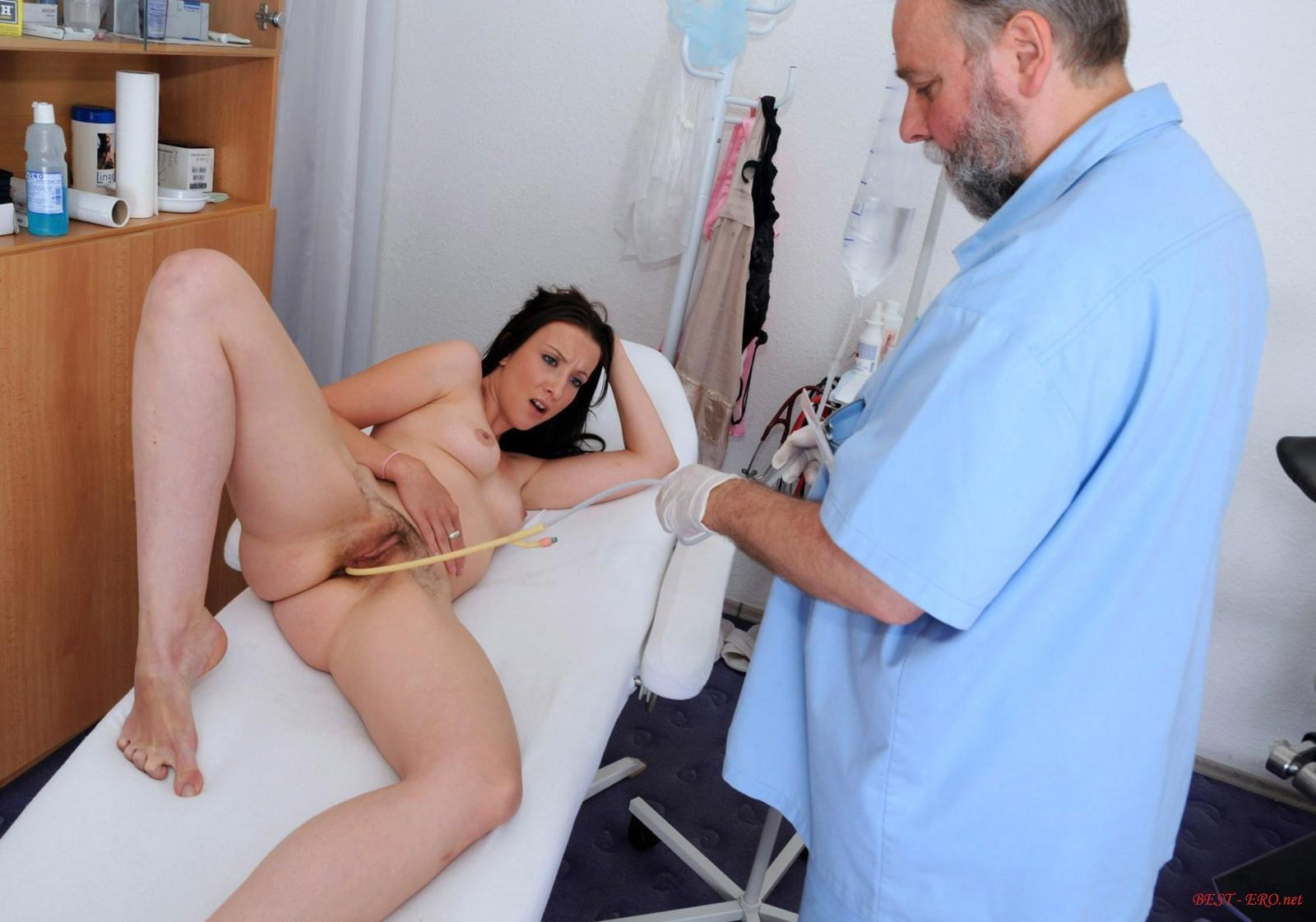 похотливый врач генеколог