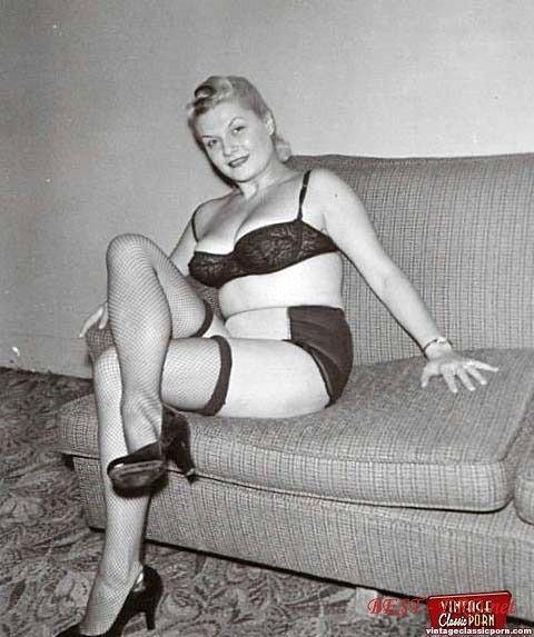 Фото ретро жирные голые бабы 7 фотография