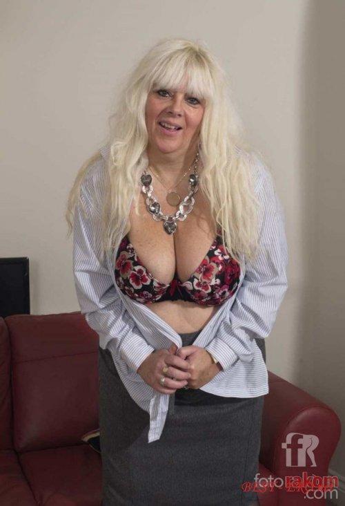 Жопастые  эротические фото голых жопастых телок и баб