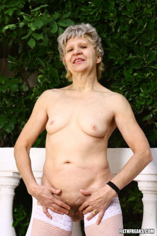 Фотогалереи старых проституток фото 157-69