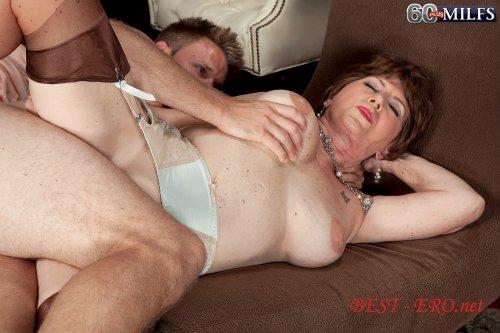 порно со зрелыми женщ