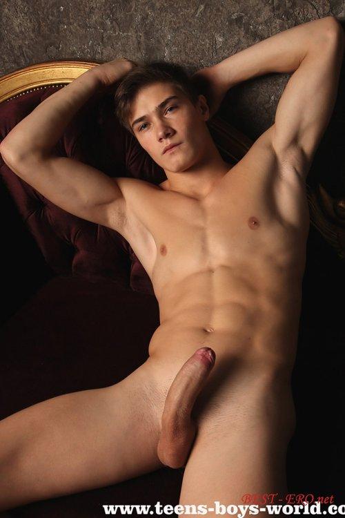 голые и обнаженные парни фото