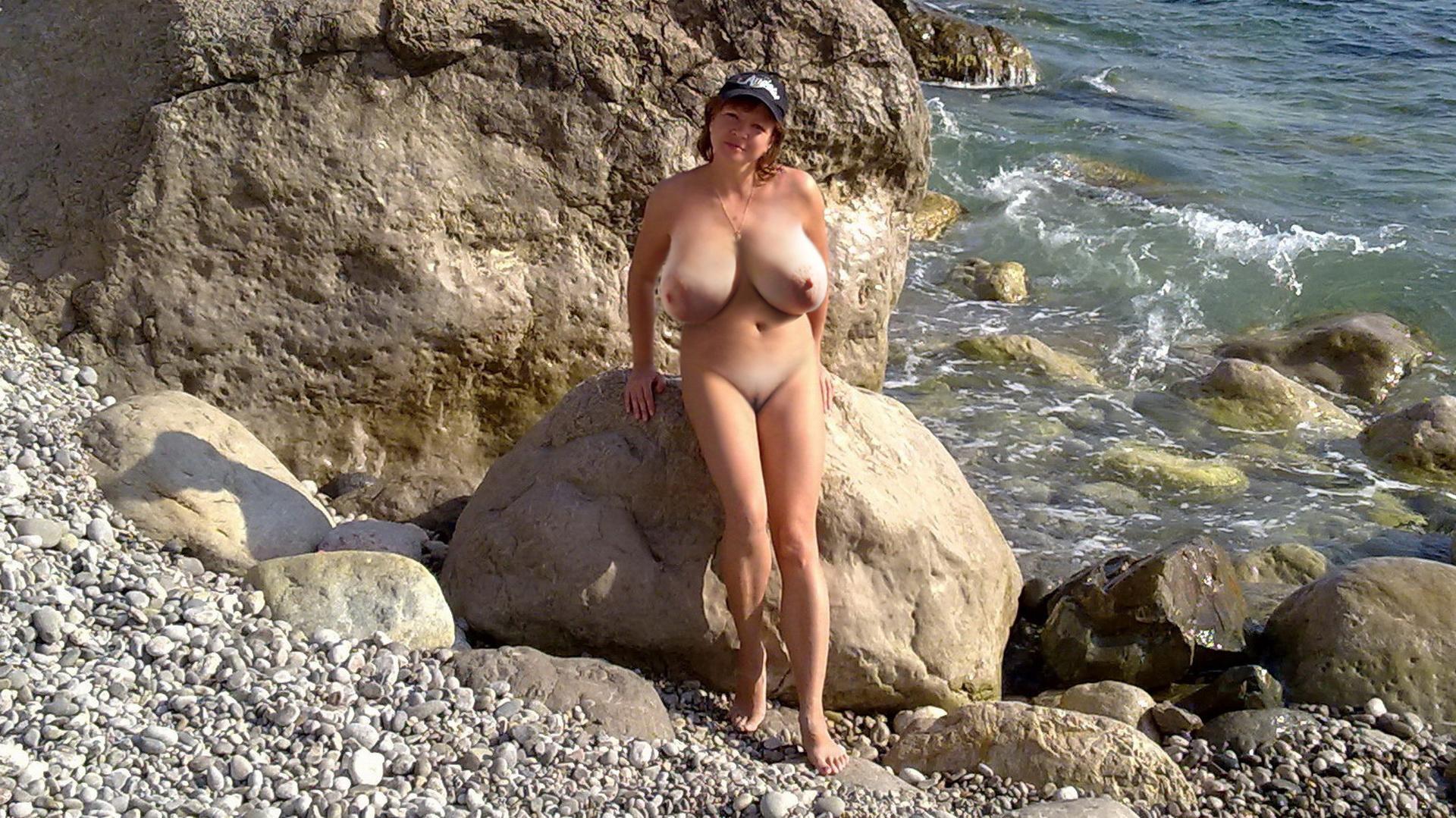 nudistki-bolshie-foto