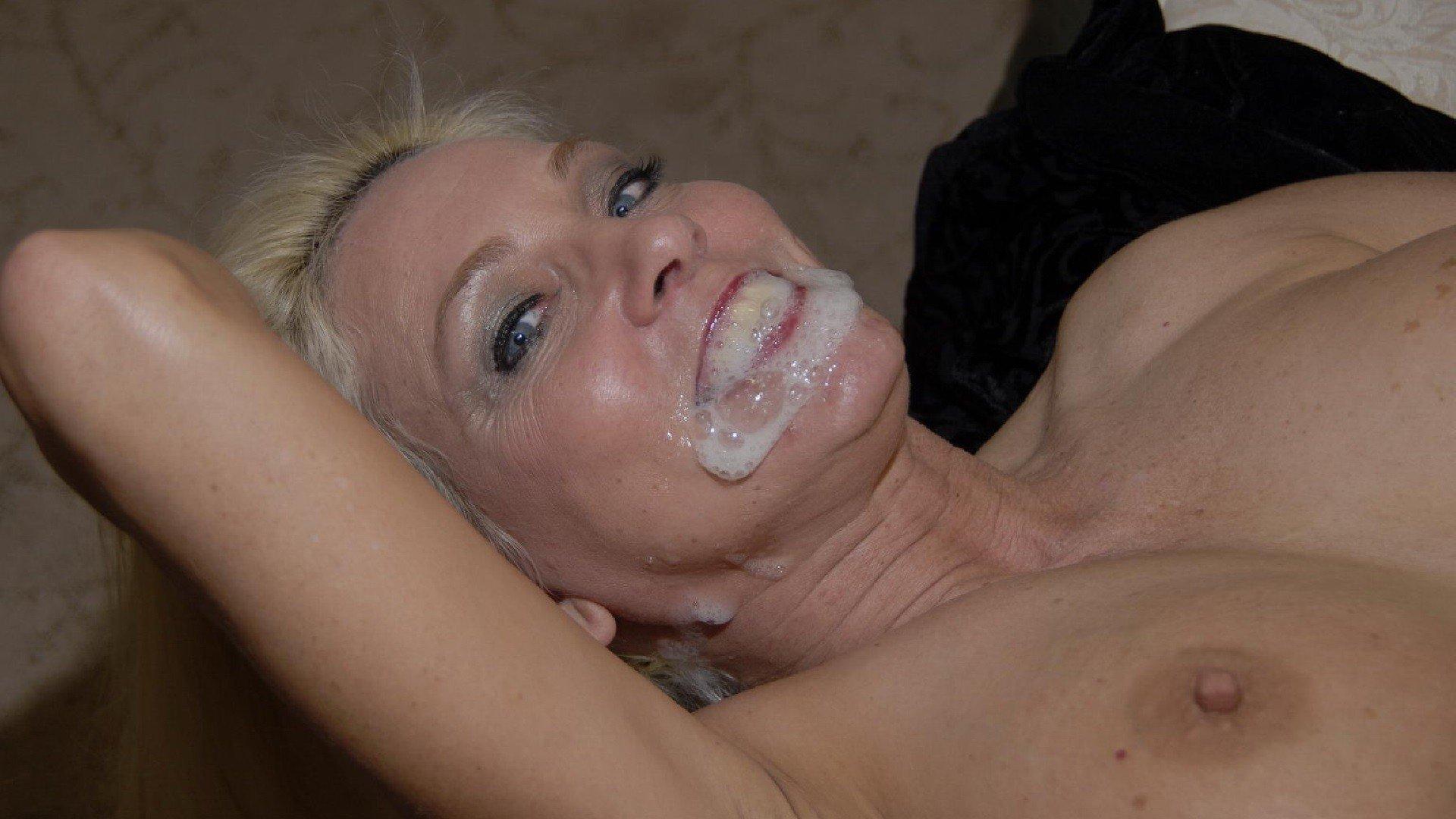 Женщины глотают спермы фото фото 87-597