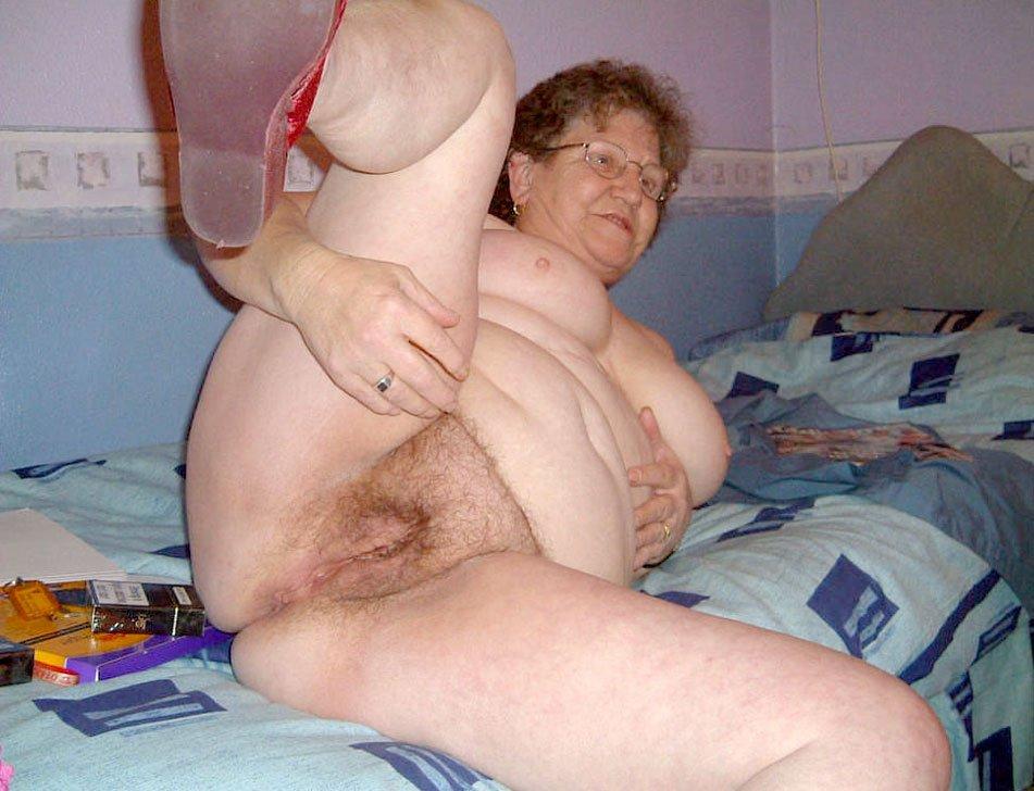 Порно старухи на мобилу фото 39-706