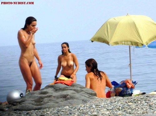 нудиский пляж фотографии и скрытая камера