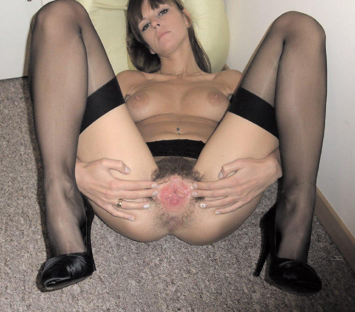 eroticheskie-chastnoe-foto-v-svadebnom-plate