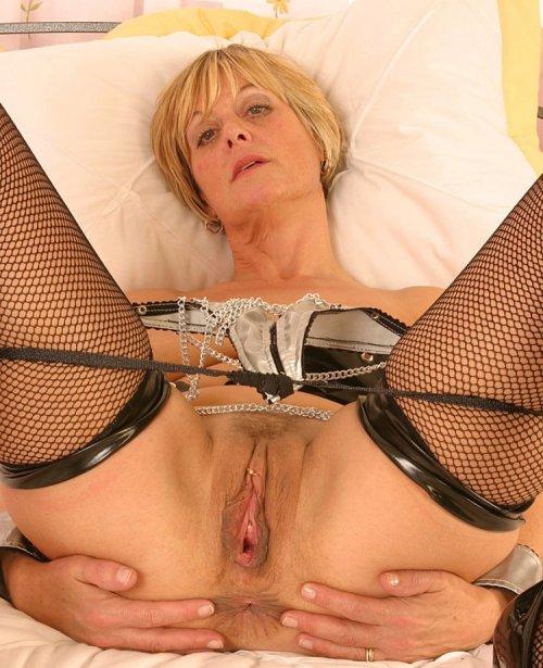 Секс старых с молодыми: частное порно видео на zagruzi.com