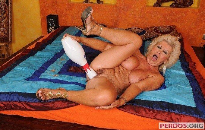 Порно старушек и старых женщин на VkusPornoCom