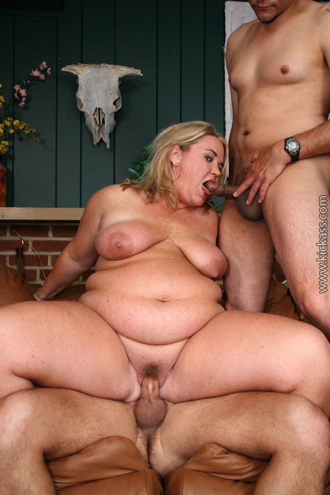 групповуха с толстой девушкой порно фото