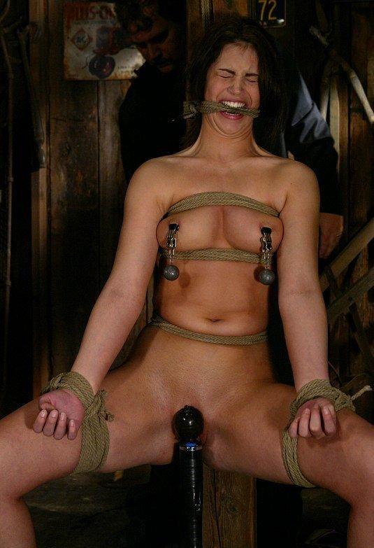 Садо-мазо подружки порно фото