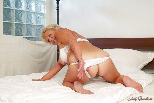 Старые шалуньи порно фото