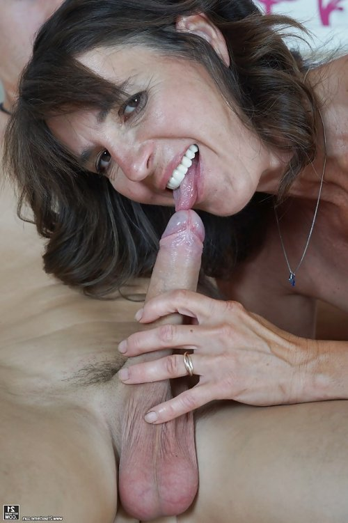 порно фото старушек лесбиянок