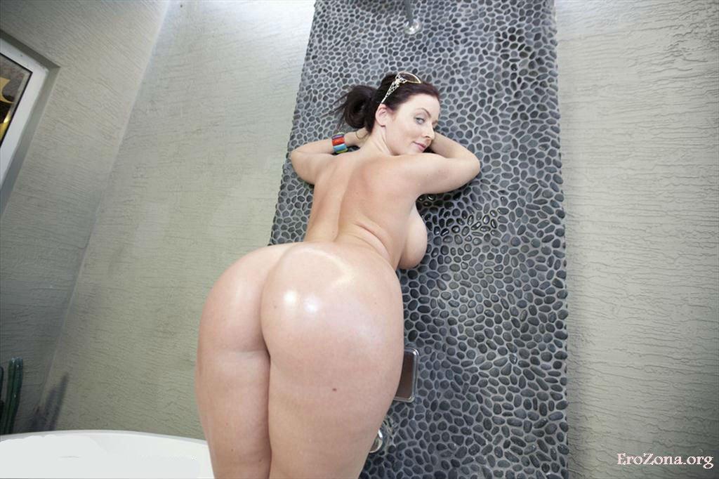 Фото голой женщин с большой жопой
